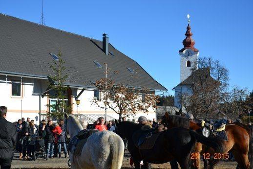 Bild: Erstmalige Pferdesegnung - Radsberg