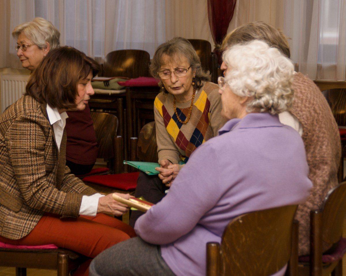 Frauen treffen frauen hietzing Altach casual dating