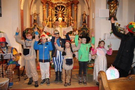 Bild: Faschings-Familien-Gottesdienst | Družinska pustna maša
