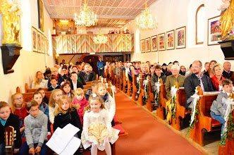 Bild: Taufversprechen-Erneuerung der Erstkommunionkinder