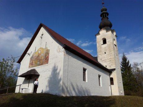 Bild: Die Filialkirche Hl. Maria in Maria Humitz | Podružnična cerkev božje matere Marije na Humcu