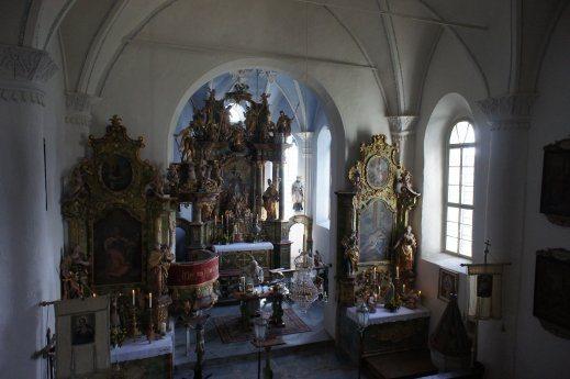 Bild: Pfarrkirche Außerteuchen