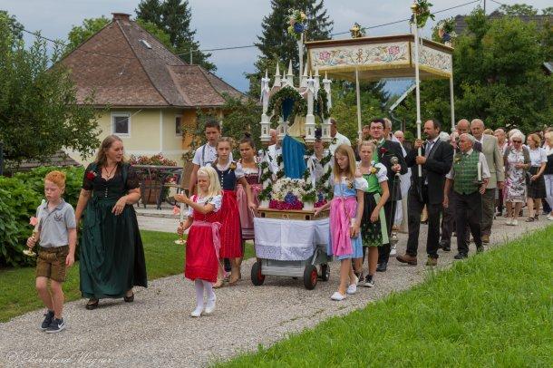 Bild: Laurenzi-Sonntag in der Filialkirche Gemmersdorf