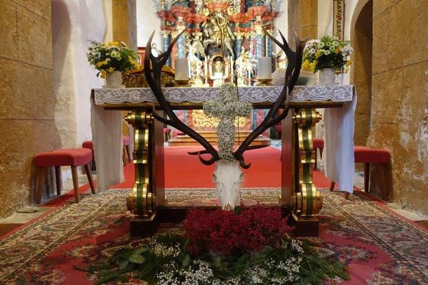 Bild zum Eintrag 'Hubertusmesse /  Maša sv. Huberta'