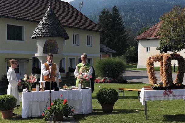 Bild: Erntedank in Neuhaus • Zahvalna nedelja na Suhi