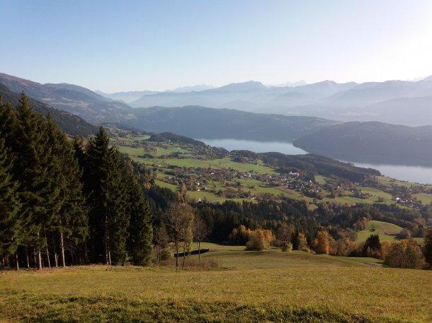© Foto:Robert Alberer; Blick auf Obermillstatt mit dem Dobratsch im Hintergrund