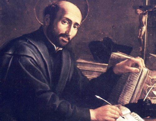 Ignatius von Loyola schreibt die Satzungen (© Foto: SJ)