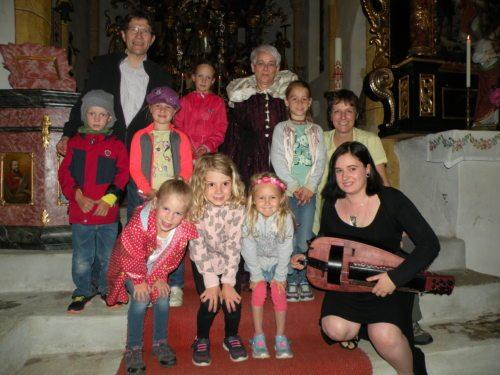 Eine Märchenwanderung führte durch die Kirchen der Pfarre Launsdorf (Pfarre Launsdorf)