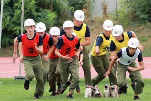 Jugendfeuerwehr Schwabegg in Aktion - Mladi gasilci v tekmovanju (Foto: FF Schwabegg)