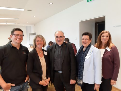 Armin Haiderer, Iris, Straßer, Bischof Wilhelm Krautwaschl, Anna Hollwöger, Angela Rosenzopf-Schurian. Foto: KA Kärnten