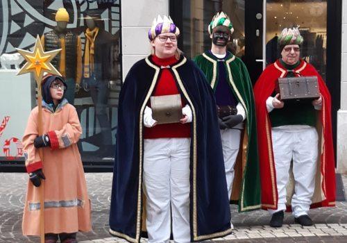 Die heiligen drei Könige mit ihrem Stern in der Klagenfurter Innenstadt (c) St. Egid