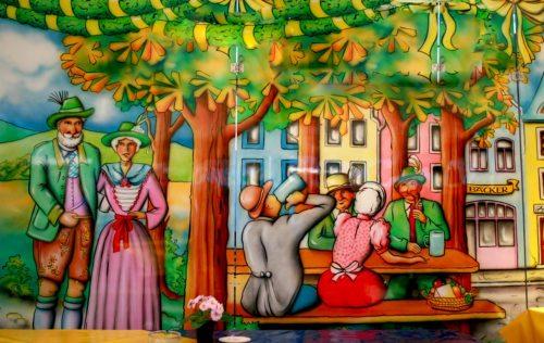 Ein Ort der Begegnung - die traditionellen Pfarrfeste (© Foto: Robert Blanken/pixelio.de)