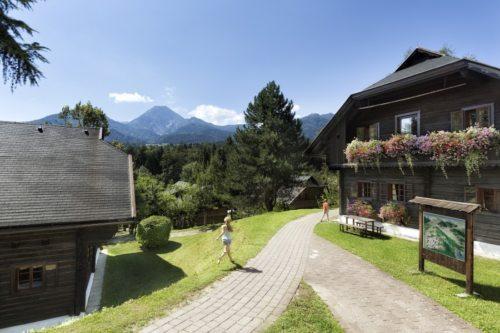 Im Hotel Dorf Schönleitn am Faaker See hat man beste Erfahrungen mit Asylwerbern als Lehrlinge.