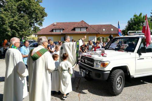 MIVA-Fahrzeugsegnung in St. Primus (Foto: MIVA)