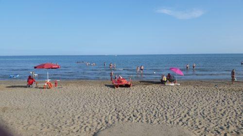 Sonne, Strand & die Seele baumeln lassen... (Bild: Ursula Dworzak)