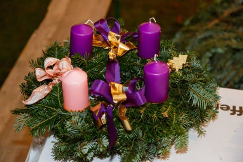 liturgischer Adventkranz Foto: Anton Wieser