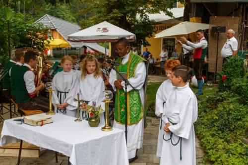 Heilige Messe Foto: Anton Wieser
