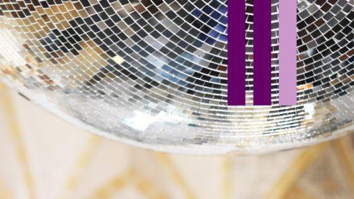 """Der sog. Gaudete-Sonntag leuchtet schon im Weihnachtsglanz - Detail aus der Kunstintervention """"Support Your Local Religion"""" im Kunstquadrat Maria Saal (Foto: KH Kronawetter)"""