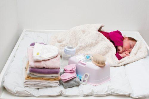 Hilfe für Mutter und Kind: das Babystartpaket. © Caritas
