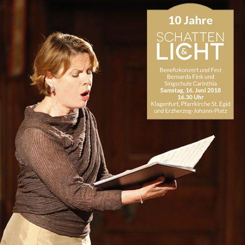 """Bernarda Fink beim Benefizkonzert """"Schatten & Licht"""" 2009 (© Foto: Roderik van Kessenich)"""