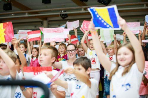 Bunt, offen und lebensfroh, das sind die Workshops von Welthaus in Kooperation mit vielen anderen Organisationen (© Foto: Welthaus (IKU, Graz))