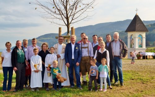 Feierliche Segnung des Matschitsch-Bildsstockes und der Gemeindelinde in Leifling (Foto: OStR Mag. Karl Pölz)