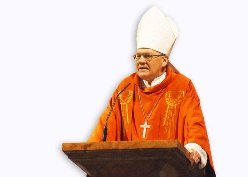 Diözesanbischof Dr. Alois Schwarz um einem Archivfoto - Karfreitag 2017 (© Foto: KH Kronawetter / Internetredaktion)