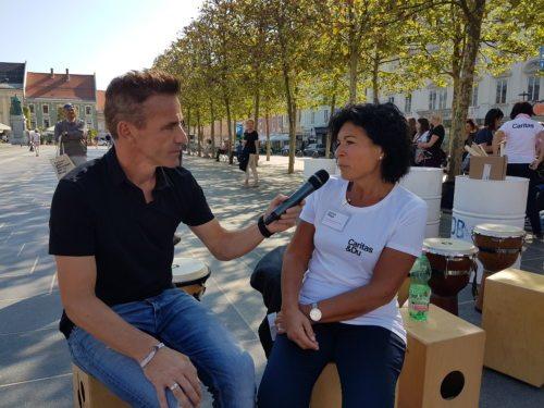 Caritas-Demenz-Expertin Eva Maria Sachs-Ortner im Gespräch (Foto: Caritas Kärnten)