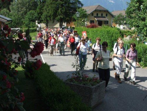Auf dem Domitianweg der Spur Gottes folgen. (© Foto: Foto: Pfarre Millstatt )