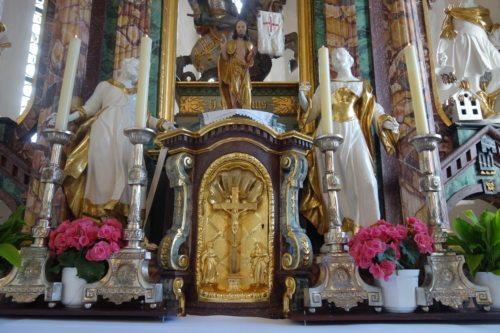 Hauptaltar in der Pfarrkirche auf dem Sternberg (© Foto: Edith Strauss)