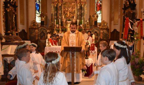 Bild zum Eintrag 'Würdige Erstkommunionfeier im Gailtaler Pfarrverband St. Paul-St. Stefan'