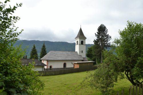 Außenaufnahme Pfarrkirche (Foto: Karin Farkas)