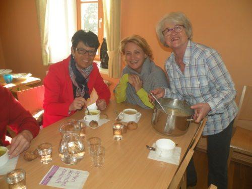 Die Suppe war gut  (© Foto: Pass Martha Weißböck)