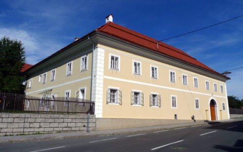Der renovierte Pfarrhof in Eberndorf. (© Foto: Pressestelle)
