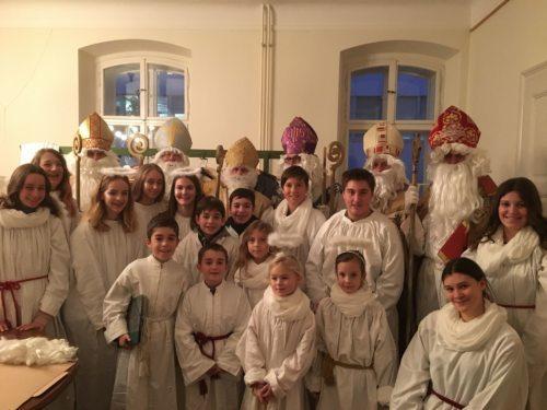 Die Engerl und Nikoläuse freuen sich auf die Besuche in den Familien (Dompfarre)