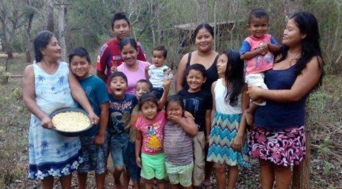 Familie Tojil, Rechte Carolina de Magalhaes