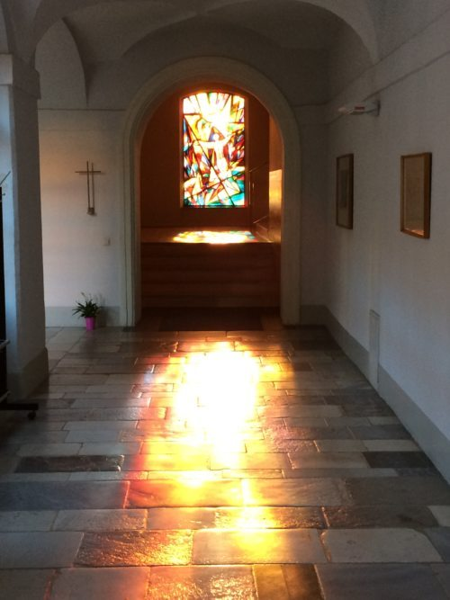 Glasfenster der Kapelle des Grazer Priesterseminars (Priesterseminar / Schöck)