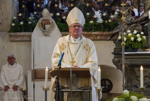 Diözesanbischof Dr. Alois Schwarz während der Predigt (© Foto: Mag. Bernhard Wagner)