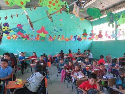 ©BSIN: Guatemaltekische Schulklasse