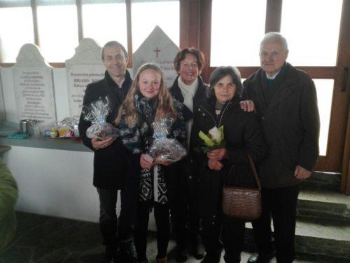 Von rechts nach links: Hr. Prof. Felsberger (Pfarrer), Fr. Schuschnig (Patin der Orgel), OrganistInnen Fr. Hartl, Fr. Jessenitschnig und Hr. Joham (© Foto: Privat)