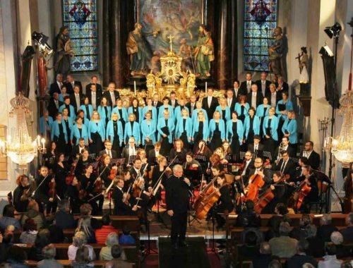 Begrüßung der Konzertbesucher durch Herrn Pfarrer Weyerer (© Foto:  Veranstalter)
