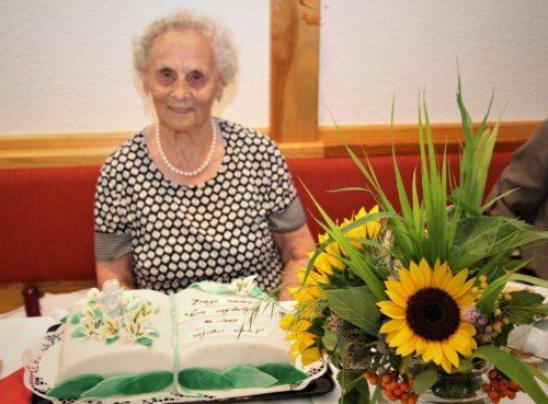 Antonia Kulmeschfeierte den 90. Geburtstag• Gospa Antonia Kulmesch p.d. Kogenca dočakala visoko starost (Foto: Armin Dobrovnik)