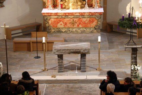 Der neue Altar in der Pfarrkirche St. Margarethen bei Wolfsberg (© Foto: Pfarre St. Margarethen)