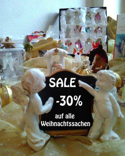 Weihnachtsartikel im Domladen (© Foto: Stift Gurk)