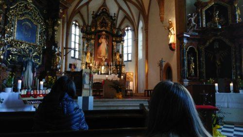 Andächtig und still sein (© Foto: Pfarre Kl.St.Paul)
