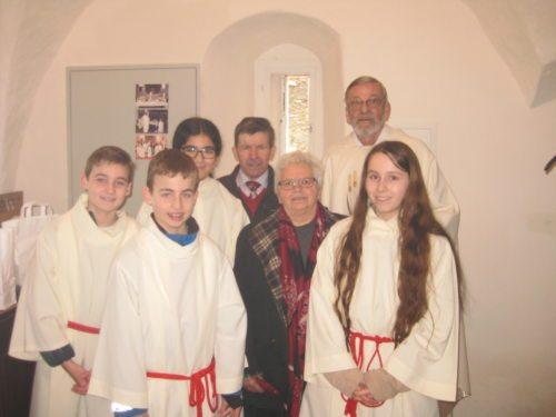 Pfarrer Wornik, PGR und Ministranten   (c)  Wornik