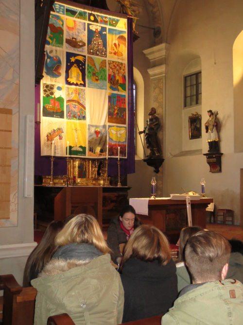 Gottesdienst mit den Jugendlichen des Dekanates (© Foto: Lydia Messner)