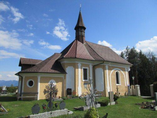 Kalvarienbergkirche und Friedhof St. Stefan im Gailtal (Bild: Peter Sternig).