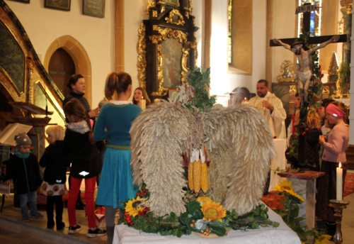 Gottdienst anlässlich des Erntedankfestes am 13. Okt. 2019 in der Pfarrkirche St. Stefan an der Gail. (Bild: PSt).
