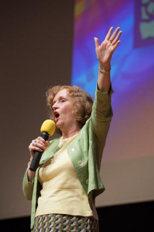 Vortragende Michelle Moran (© Foto: Helfa Rader)